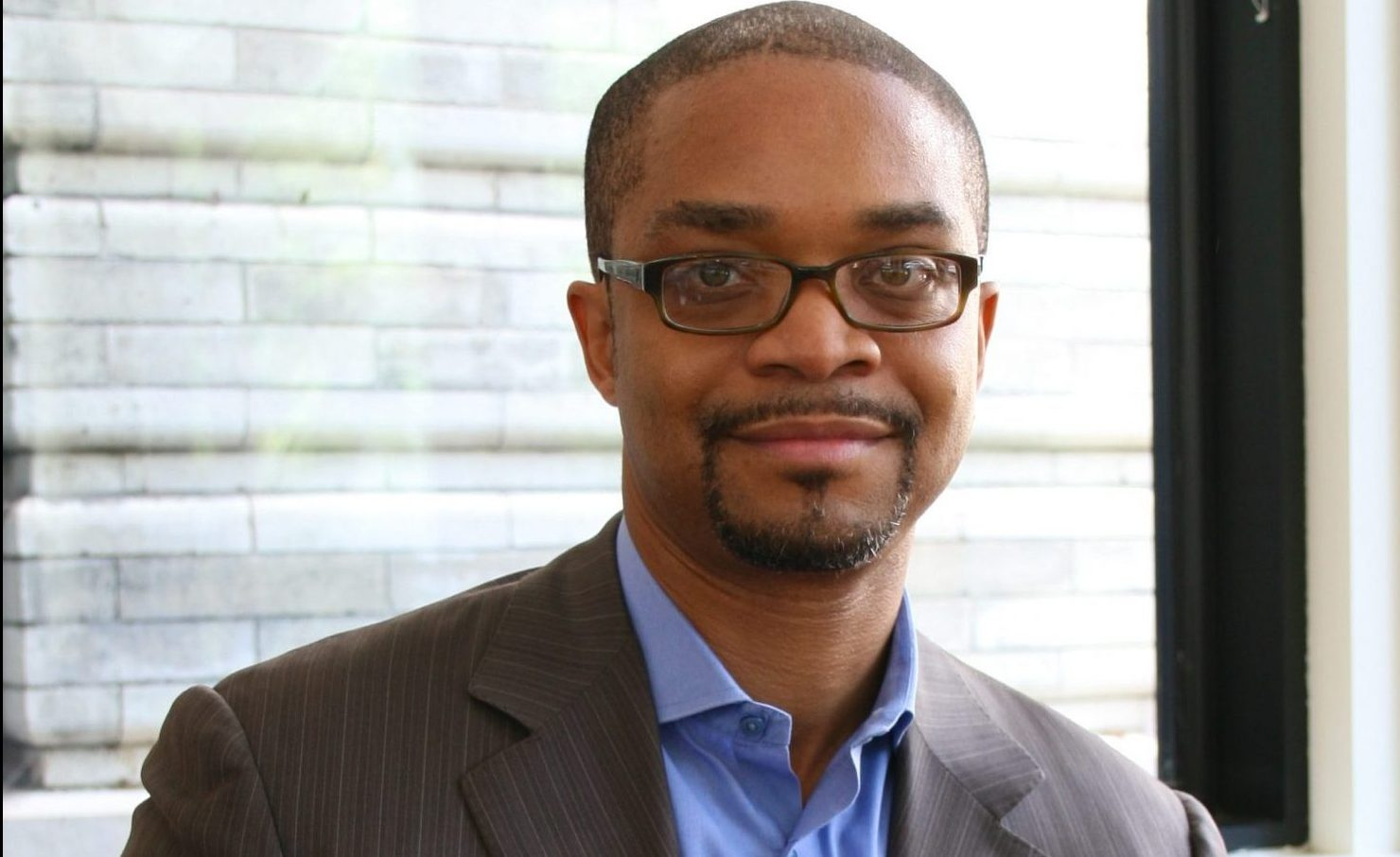 Darryl Harper, Settlement alumnus