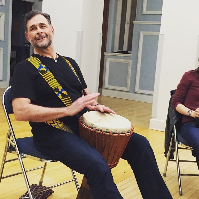 Settlement Faculty Member Bill Marconi leads a Rhythm n' Brews class at Mary Louise Curtis.
