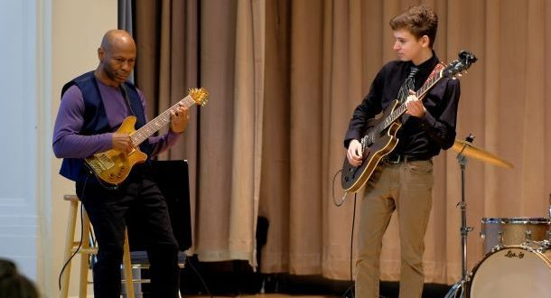 Settlement alumnus Kevin Eubanks hosted a special masterclass at the 2018 Spring Open House.