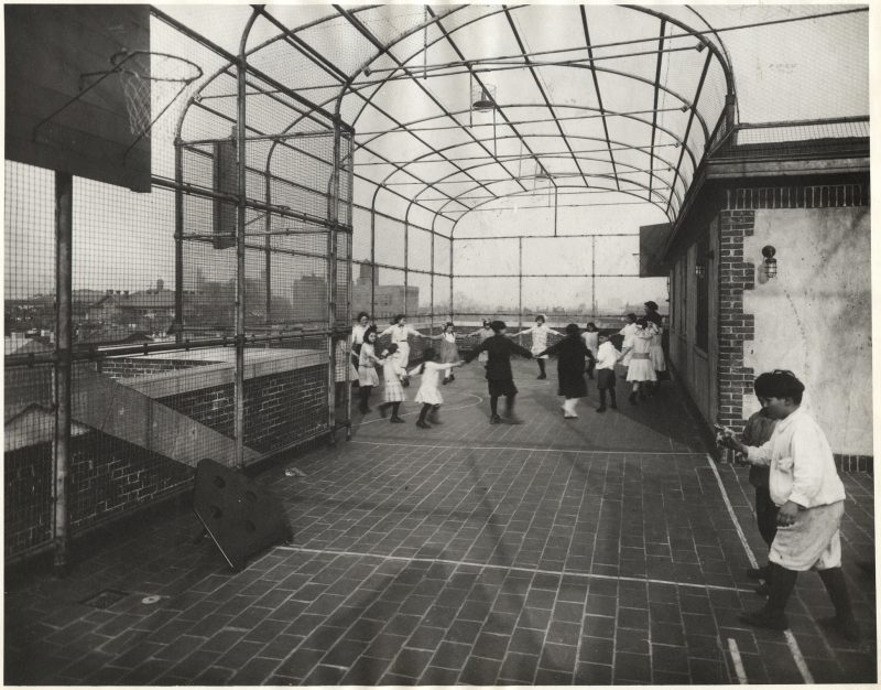 Students play on the roof of the Mary Louise Curtis Branch.