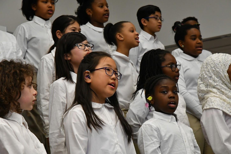 The Gleeksman-Kohn Choir performs at Moss Rehab